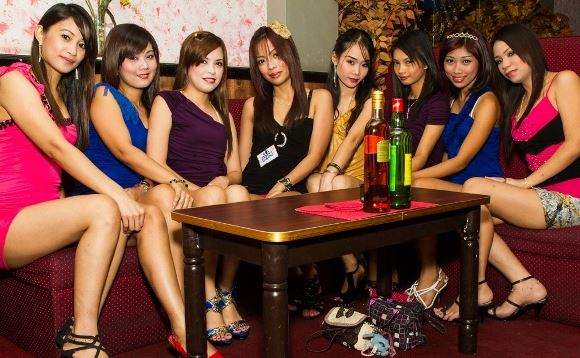 Meet ladyboys in Manila
